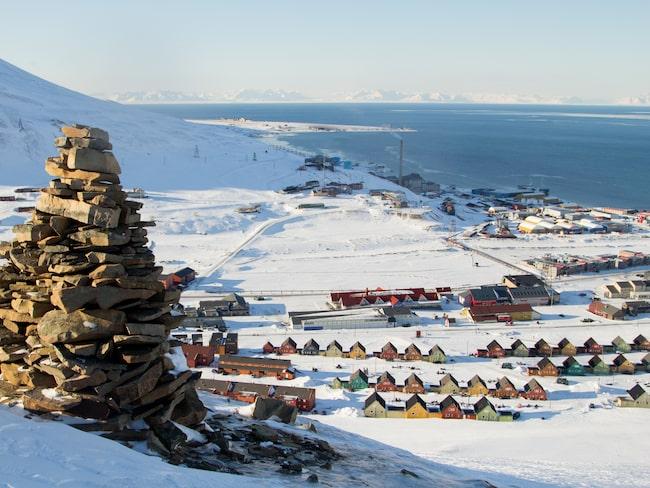 Svalbard är ett resmål som är lite klurigare att ta sig till än vissa andra, men det kan det vara värt.