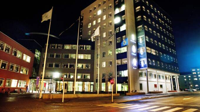 Polishuset i Uppsala där mannen förhördes efter gripandet. Foto: Emil Nordin