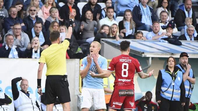 Franz Brorsson stängs av i tre matcher. Foto: EMIL LANGVAD/TT