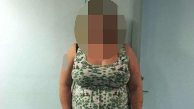 """Hon åtalas för knivmord: """"Var som att skära i smör"""""""