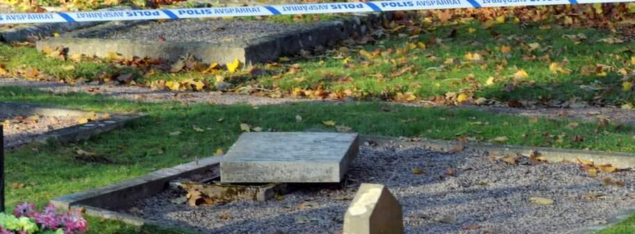 8 arig flicka fick gravsten over sig