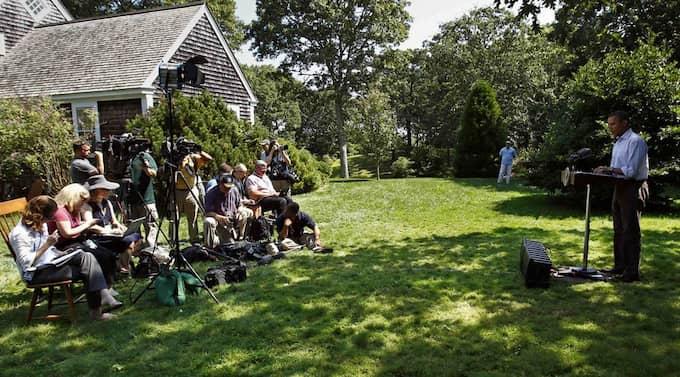 Barack Obama på fredagens presskonferens. Foto: Kevin Lamarque