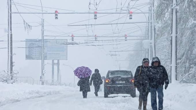 Chisinau i Moldavien har drabbats av ett stort snöoväder. Foto: DUMITRU DORU / EPA / TT