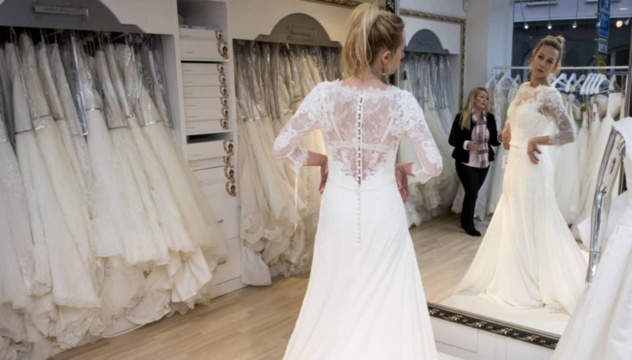 5a8c94349725 Bröllop: Här är heta klänningar att välja på