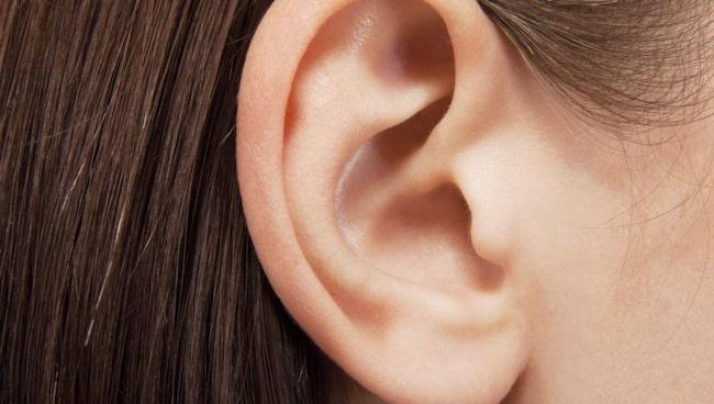 mycket vax i öronen