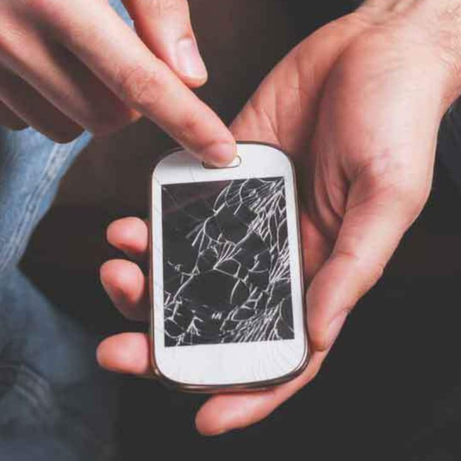 Köper du ny mobiltelefon, tv eller någon annan pryl blir du vanligtvis erbjuden att teckna en försäkring. Men se upp – du kan redan ha försäkringsskyddet du är ute efter.