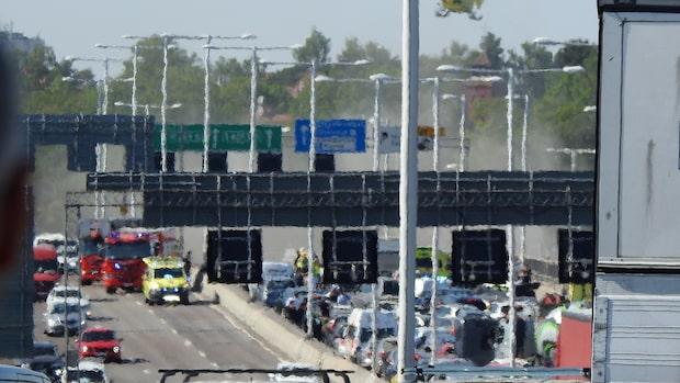 Räddningstjänsten: Fyra transporterade till sjukhus