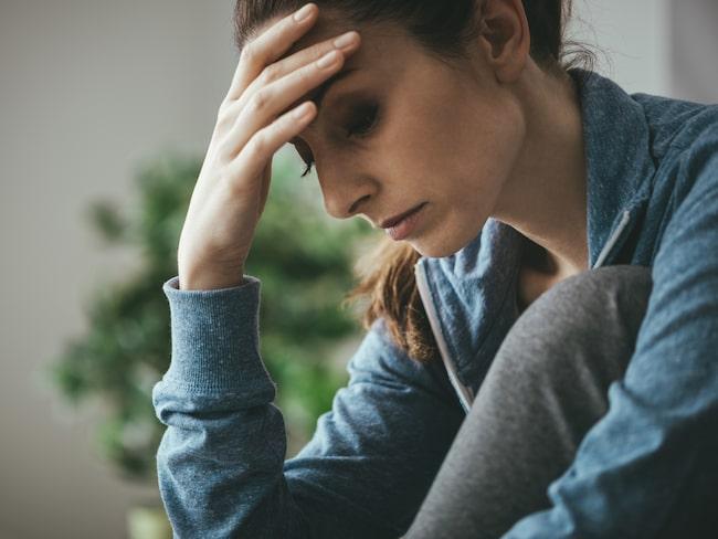 När man blir arg skickas signalsubstanser och hormoner som kan leda till upplevd oro och depression.