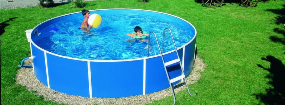 liten pool med stålram