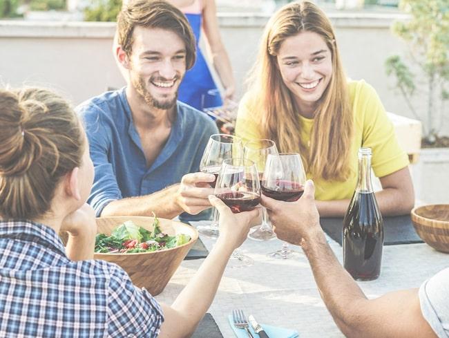 En trevlig middag med gott vin lyfter helgen.