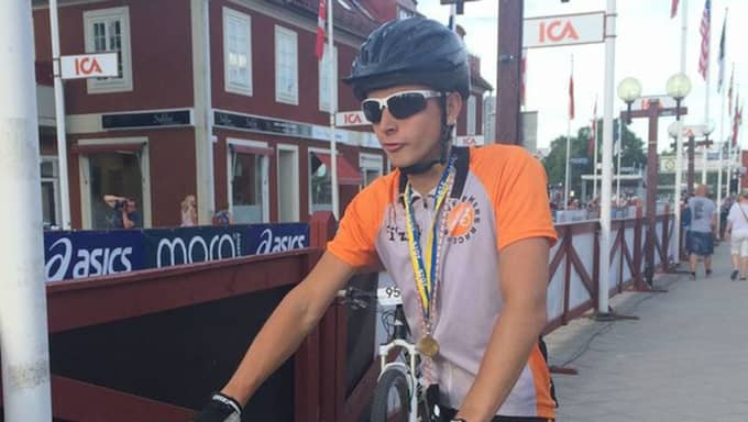 """""""Jag gjorde cykelvasan i somras och lånade en cykel och körde helt otränad, och då blev jag lite taggad på att köra fler lopp"""", säger Hampus Andersson. Foto: Privat"""