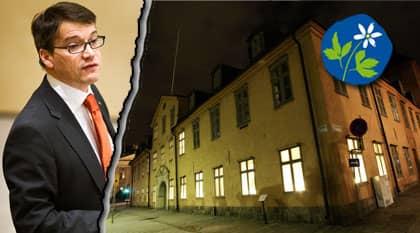 Håller tyst. Kristdemokraternas partiledare, socialministerna Göran Hägglund vill inte uttala sig. Härifrån kristdemokraternas partihögkvarter besökte någon porrsajten. Foto: NILS PETTER NILSSON OCH JOCKE BERGLUND