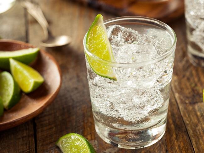 Gin-experten avslöjar nya knepet på hur du gör din gin och tonic godast