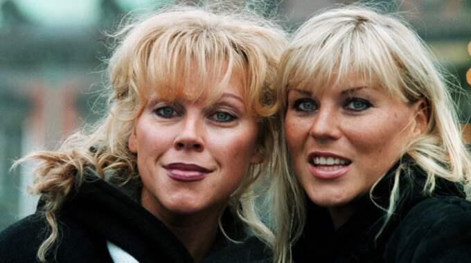 Systrarna i Ainbusk. Marie Nilsson Lindh och Josefin Nilsson 2001. Foto: Staffan Johanson