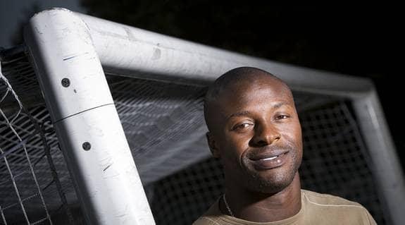 """Pa Dembo Touray, målvakt i Djurgården, har spelat 25 landskamper för Gambia. """"Afrikanska mästerskapen är väldigt stort,"""" säger han. Foto: Suvad Mrkonjic"""