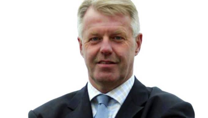Domarbasen Bosse Karlsson. Foto: Björn Lindgren