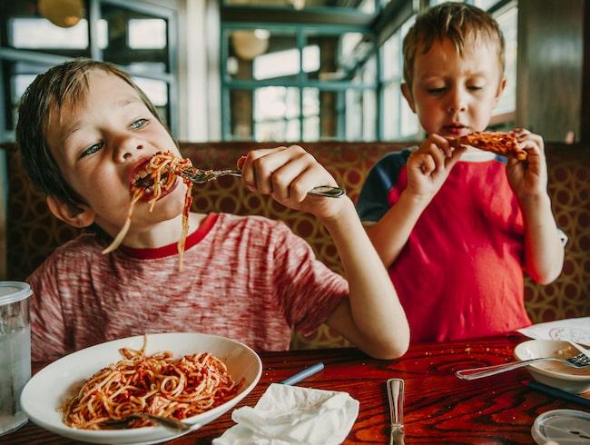 Ägaren till en restaurang i Tyskland har tröttnat på stökiga barn.