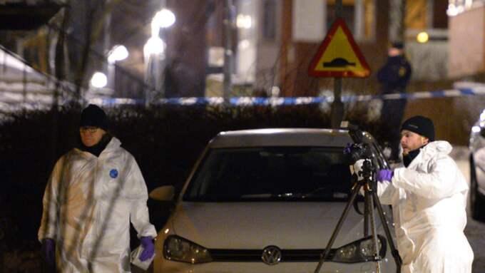 En 15-årig pojke sköts till döds i Akalla. En bror till honom skottskadades – men överlevde. Foto: TT/Anders Wiklund