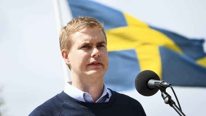 Gustav Fridolin sommartalade i Vittsjö under lördagen. Foto: JOHAN NILSSON/TT/TT NYHETSBYRÅN