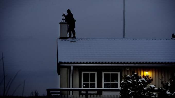 Gnesta kommun varnar för sotare, som ringer invånarna. Foto: Robban Andersson