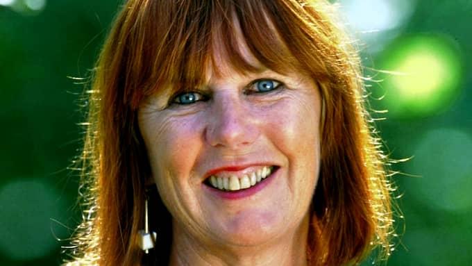 Folkkäre konstnären Ulrica Hydman Vallien har avlidit under onsdagskvällen. Foto: RONNY JOHANSSON / IBL