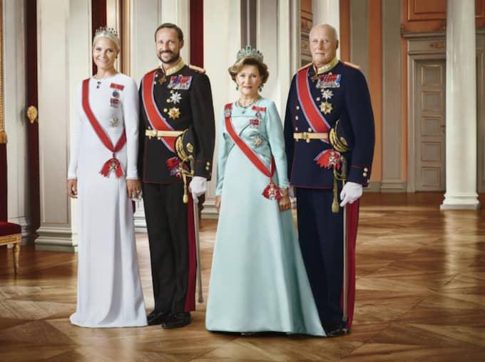Kronprinsessan Mette-Marit, kronprins Haakon, Kung Harald och drottning Sonja. Foto: Jørgen Gomnæs, Det kongelige hoff