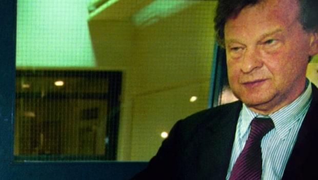 Grevefamiljen Douglas - Miljarderna och skandalerna