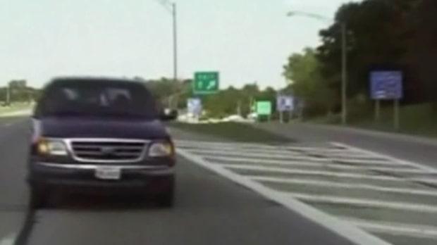 Obegripliga biljakten: Kvinnan tror hon kan backa ifrån polisen