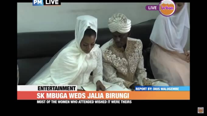 """Strax innan det tv-sända bröllopet. I samband med händelsen bytte Angella Vivienne Chebet till namnet """"Jalia"""", enligt lokala medier. Foto: Urban TV Uganda/Youtube"""