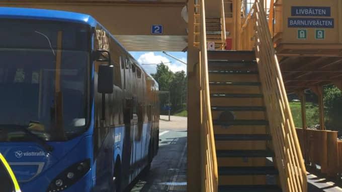 I somras ska en busschaufför ha gått till attack mot en färjekapten i Västsverige. Foto: Polisen