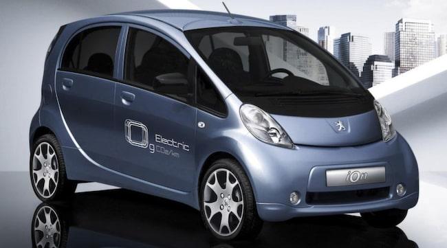 DYRAST. Nästan lika dyr att köpa som en Camaro är Peugeots elbil Ion. Här får man bara 67 ynka hästkrafter för pengarna.