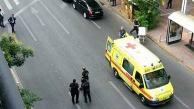 Greklands förre premiärminister skadad i explosion