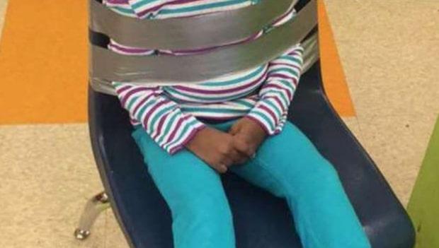 Föräldrarna hittade den här bilden på dottern – tagen av personalen på förskolan