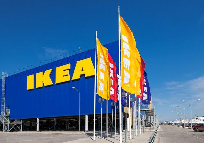 Ikea har nu inlett ett samarbete med Bea, förmodligen för att åter få tillbaka många av de yngre kunder som man har tappat.