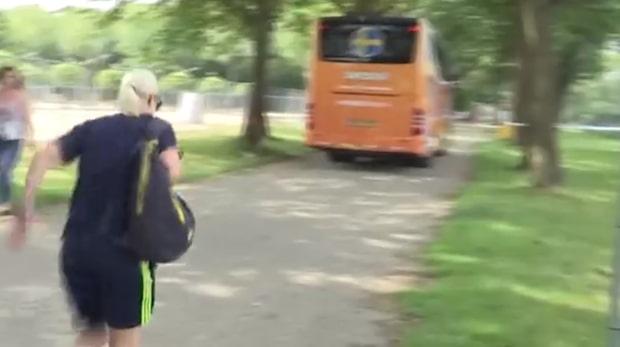 Landslagsstjärnan jagar ikapp spelarbussen