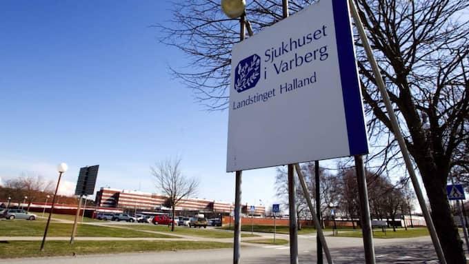 Fyra gymnasietjejer i Varberg fick föras akut till sjukhus efter en urspårad gymnasienollning. Foto: Lennart Rehnman