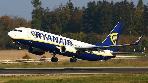 Ryanair ställer in nära 2 000 flighter