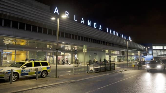 Passagerarna fick evakueras från planet på Arlanda. Bilden är från ett annat tillfälle. Foto: Lisa Mattisson