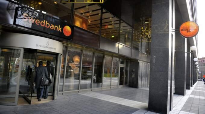 Förhören gäller aktieköp som gjordes under hans tid som VD för Swedbank. Foto: Jessica Gow / Tt