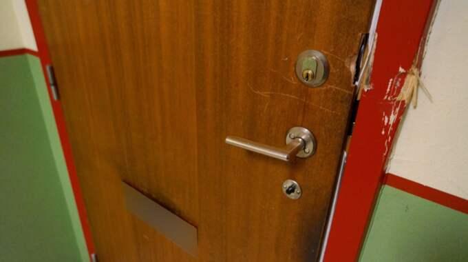 Lägenheten där de misstänkt greps. Foto: Janne Åkesson/Swepix