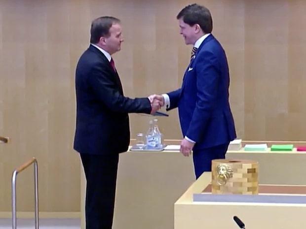 Dagens politik: Riksdagen har röstat fram Stefan Löfven