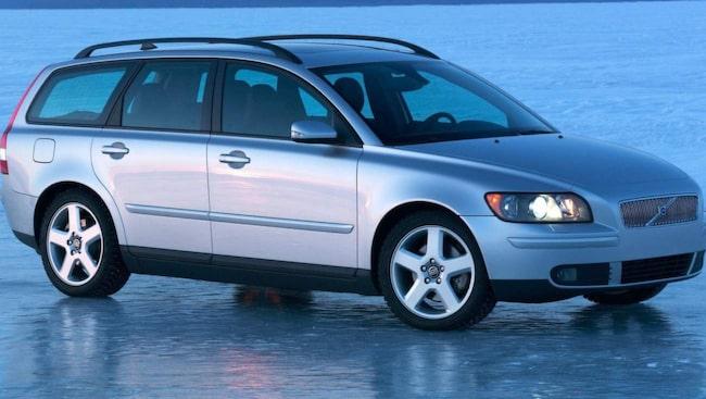 Bakluckan på Lennarts V50 kärvar. Den här Volvon är från 2005.
