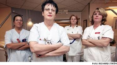 Therese Fredriksson, Eva-Britt Löfstrand, Helena Blomstrand och Anna Eklöf tycker att elitseriestjärnorna är bortskämda.