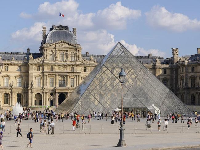 Louvren uppmärksammar 500-årsminnet av Leonardo Da Vincis bortgång.