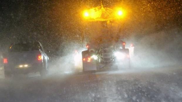 """Meteorologen: """"Snön väntas ligga kvar i helgen"""""""