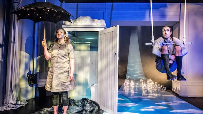 "Tanja Lorentzon och Hamidi Khemiri imponerar i ""Kras"". Foto: JENNY BAUMGARTNER / DRAMATEN"