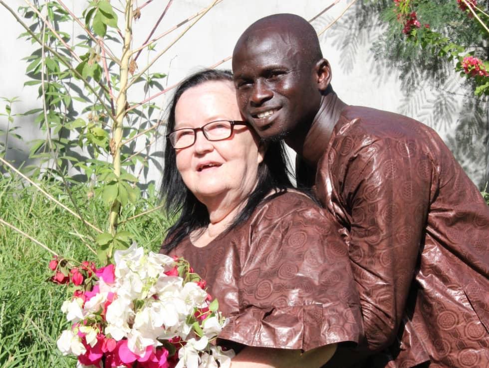 Paret träffades via nätet och efter bröllopet pratar de varje dag via Facebook. Foto: Hanna Egge-GrandertHanna Grandert