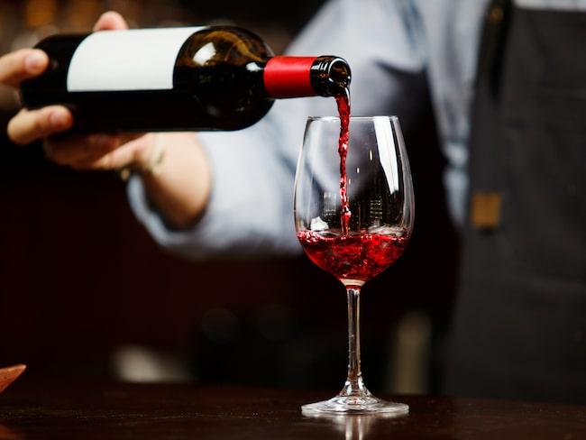 Småpartier släpps varje månad på Systembolaget, i en begränsad upplaga. Vill du hinna med att handla dessa viner behöver du vara snabb.