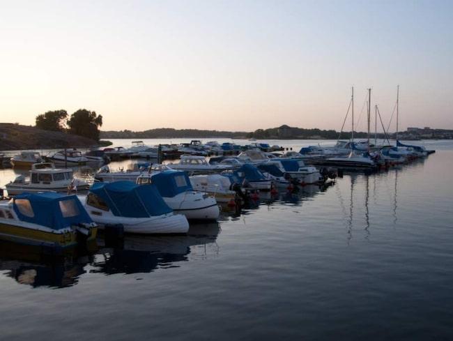 Havet är aldrig långt borta i Karlskrona. Här är Borgmästarfjärden alldeles intill stadens centrum.