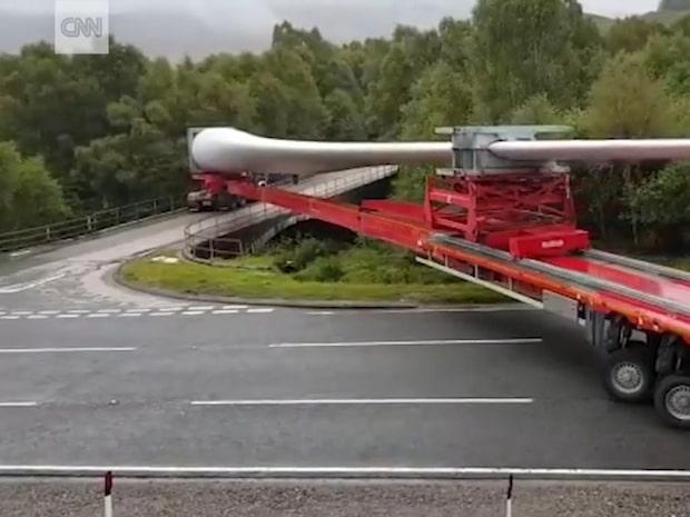 Kommer lastbilschauffören lyckas med det som verkar omöjligt?